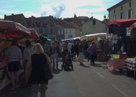 Marché traditionnel en Périgord