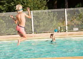 piscine chauffée famille dordogne