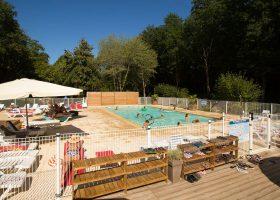 piscine camping bains de soleil